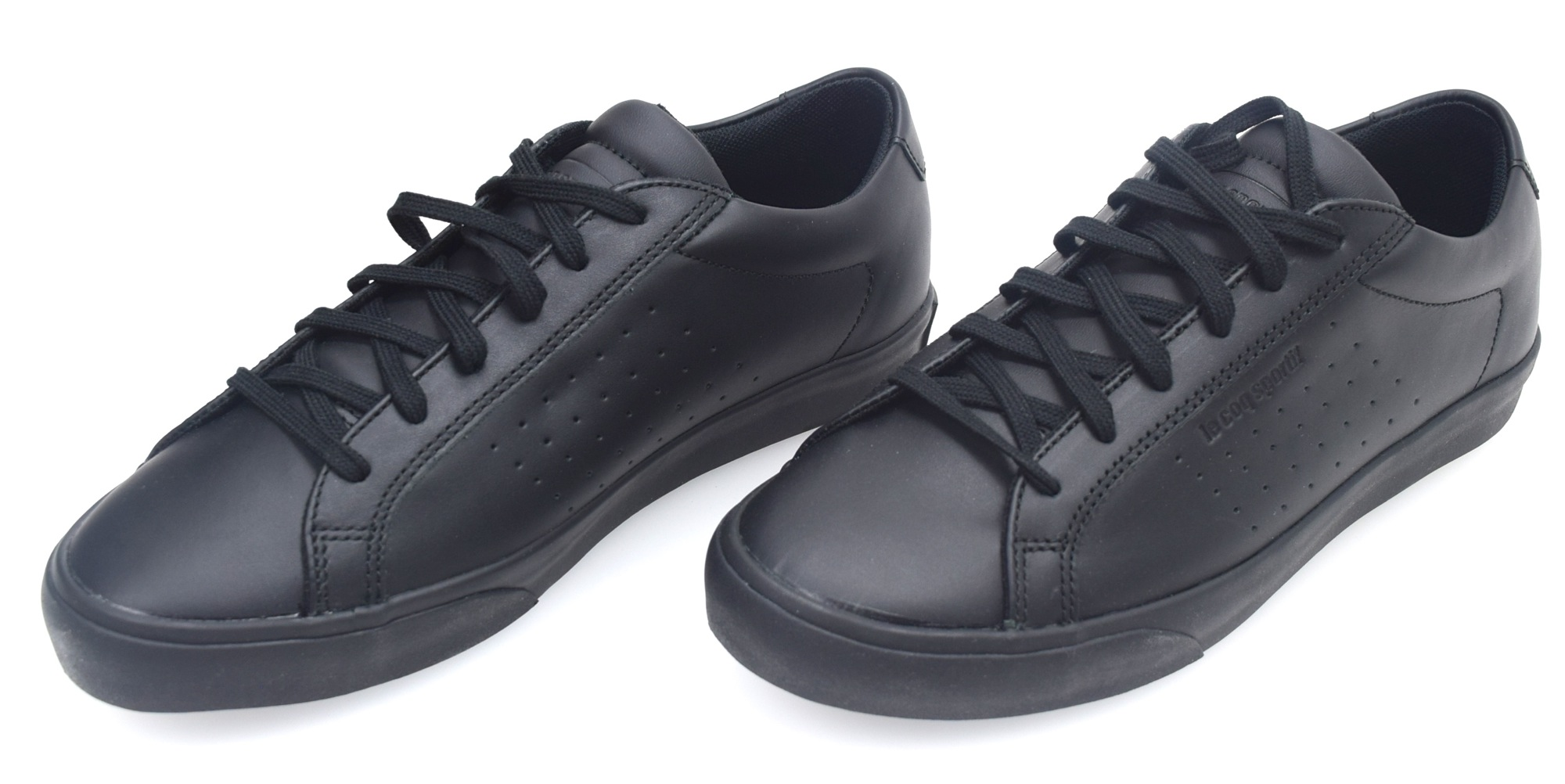le coq sportif man sneaker shoes black or white leather code prestige court lea ebay. Black Bedroom Furniture Sets. Home Design Ideas