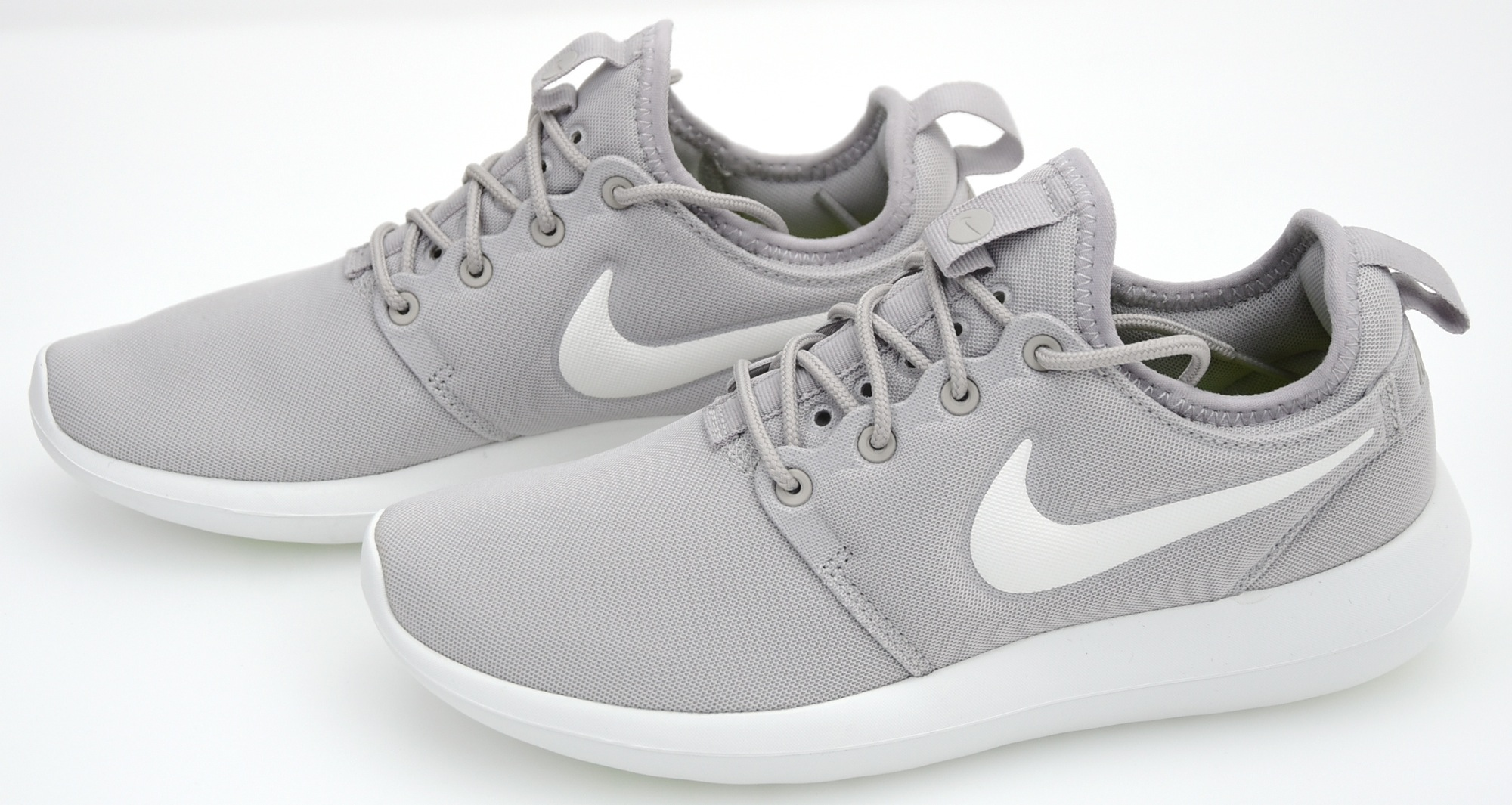 Nike Roshe Two Grey 844931 009 Women' Casual Shoes