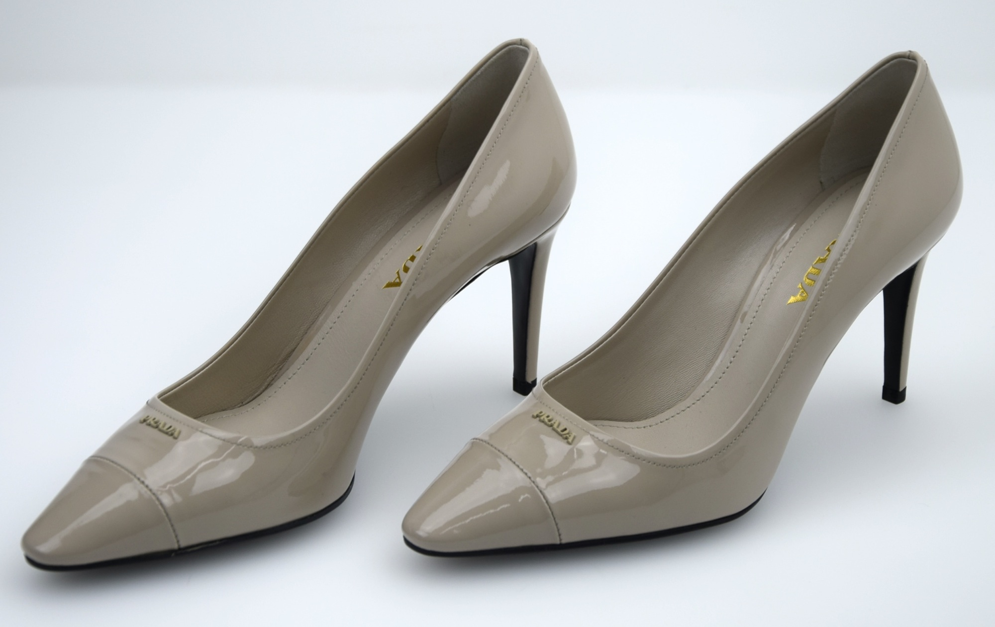 PRADA ART. DAMEN HIGH HEELS PUMPS FREIZEITSCHUHE LACK STILETTO ABSATZ ART. PRADA 1I699F aa6d1b